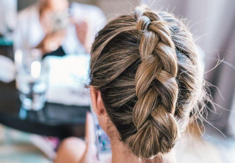 252254-o-cabeleireiro-e-a-melhor-pessoa-para-fa-article_media_item-3